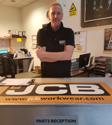 Portrait of Dean Burns – West Midlands Mobile number: 07740 826240 Email address: dean.burns@gunn-jcb.co.uk Areas covered: West Midlands, Coventry and Birmingham .