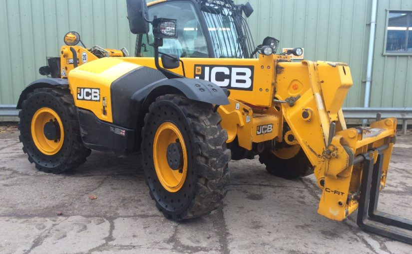 Quality, pre-owned JCB 550-80 Wastemaster for sale